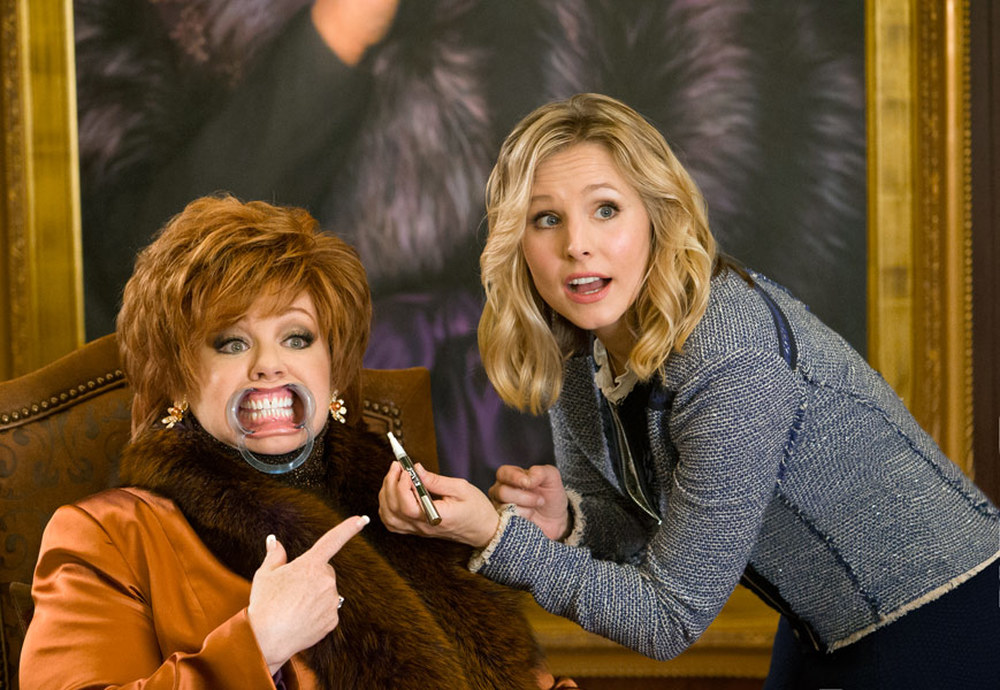 The Boss: Melissa McCarthy e Kristen Bell in un momento del film