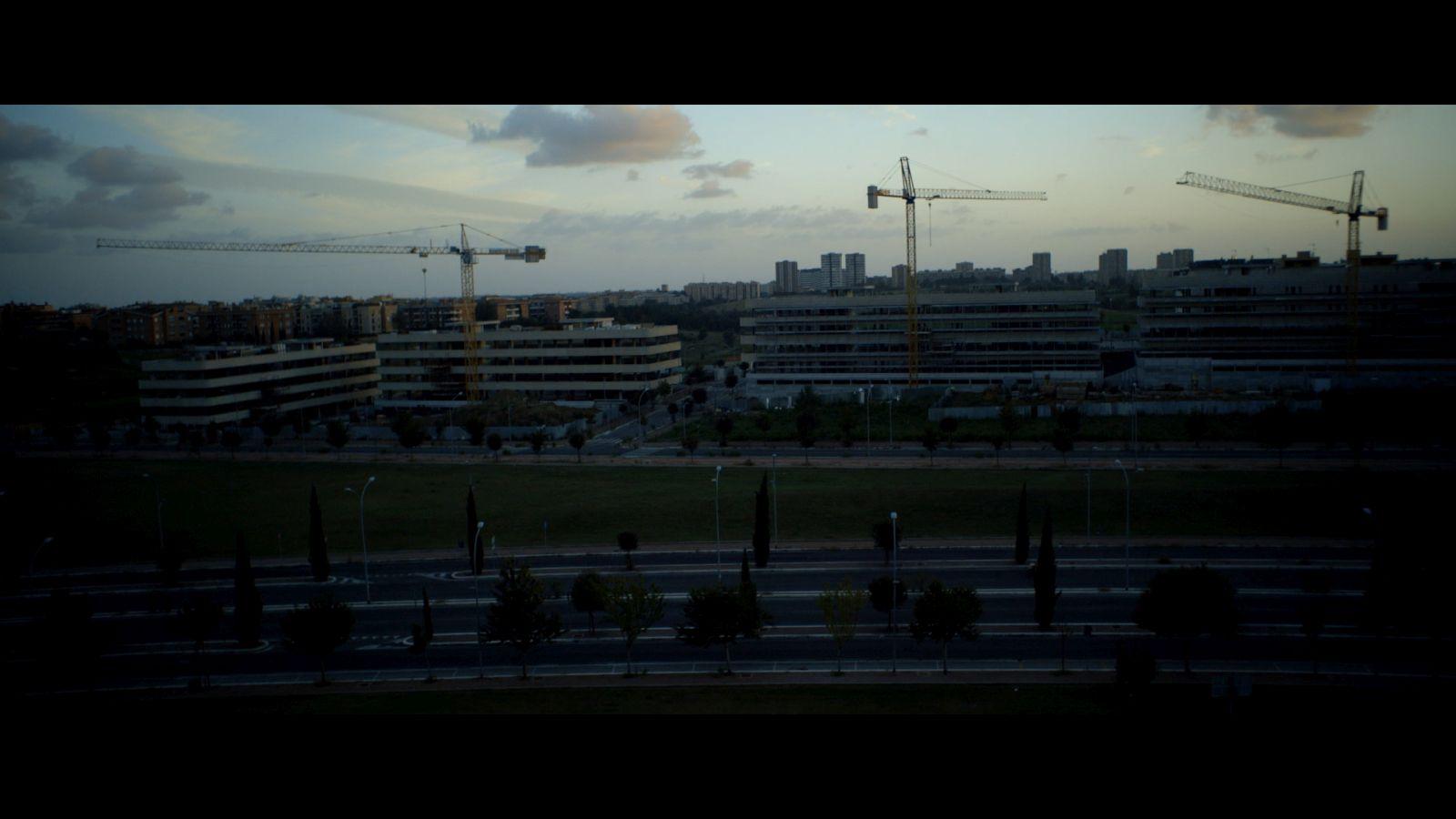 The Plastic Cardboard Sonata: una scena del film