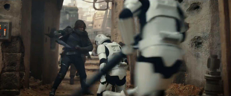 Rogue One - A Star Wars Story: Felicity Jones in azione nel teaser trailer del film