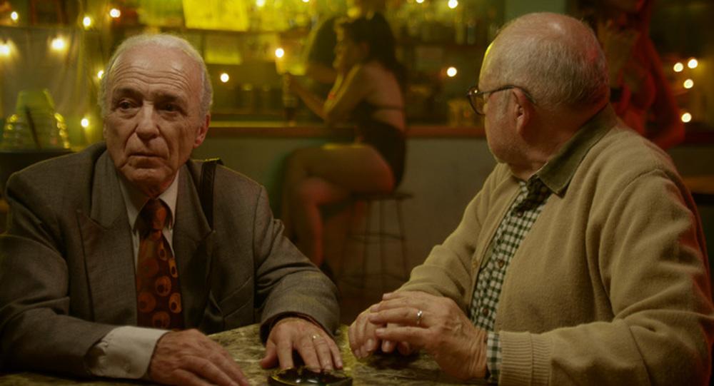 Cinque tequila: due dei protagonisti in una scena del film