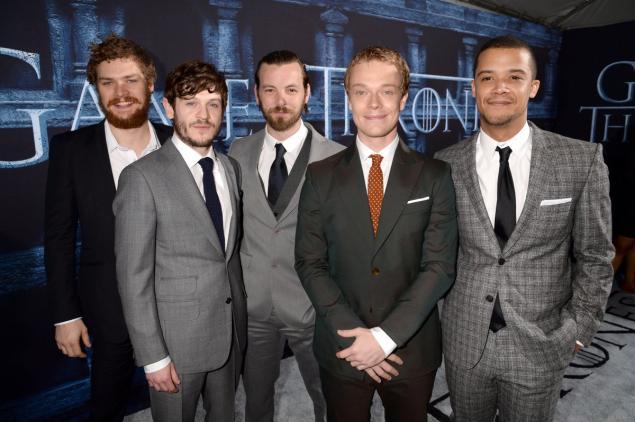 Il trono di spade: alcuni dei protagonisti maschili alla première della sesta stagione