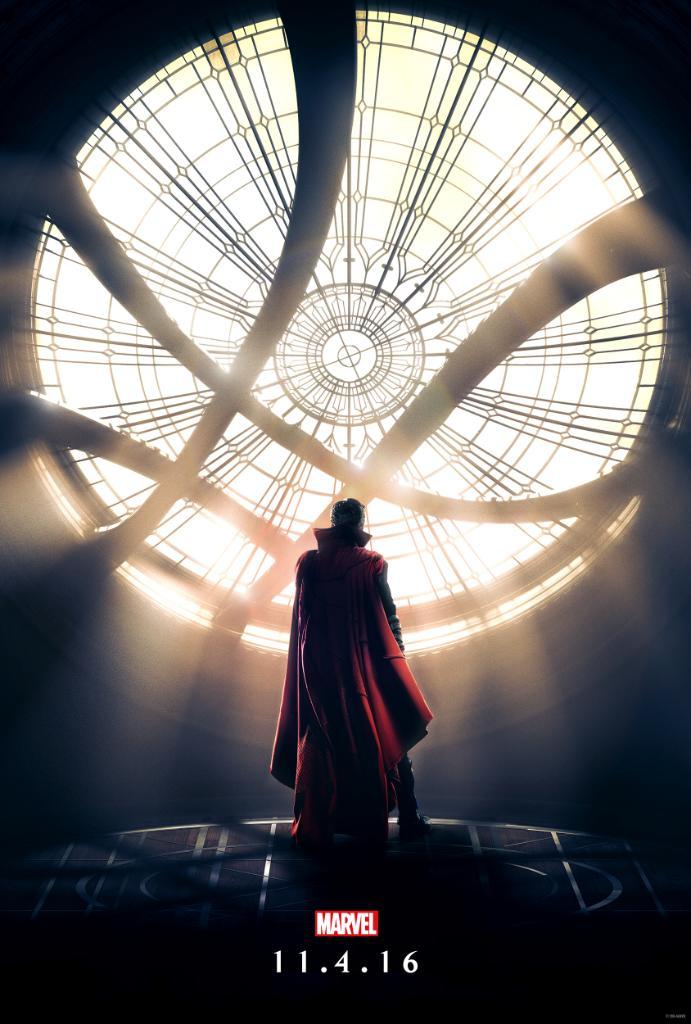 Doctor Strange: la prima locandina del film