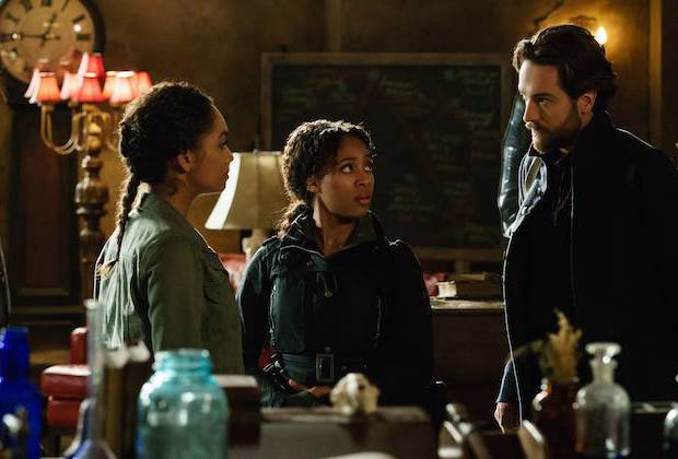 Sleepy Hollow: Lyndie Greenwood, Tom Mison e Nicole Beharie in Ragnarok