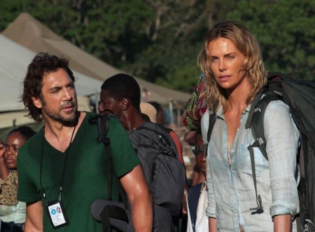 The Last Face: Javier Bardem e Charlize Theron in una scena del film