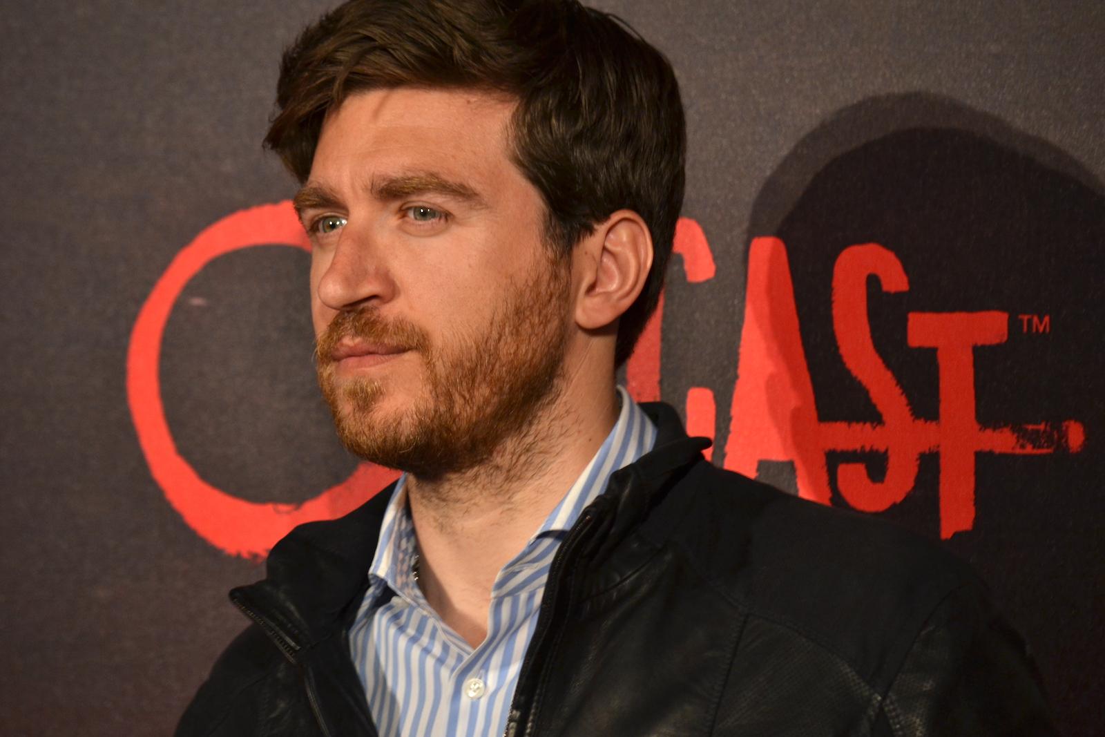Outcast: Alessandro Roja sul red carpet della premiere europea