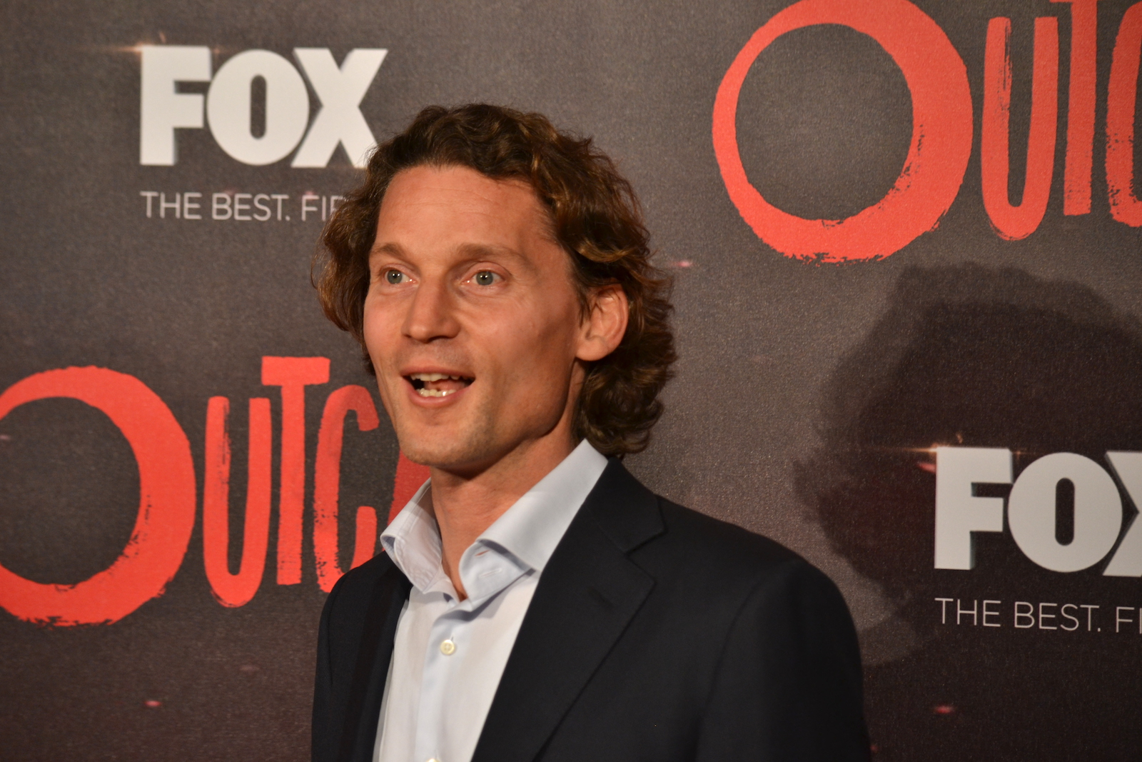 Outcast: un dirigente Fox sul red carpet della premiere europea