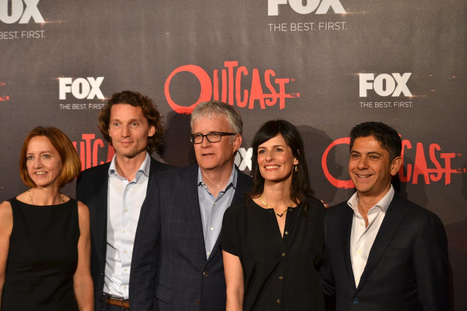 Outcast: produttori e dirigenti Fox sul red carpet della premiere europea