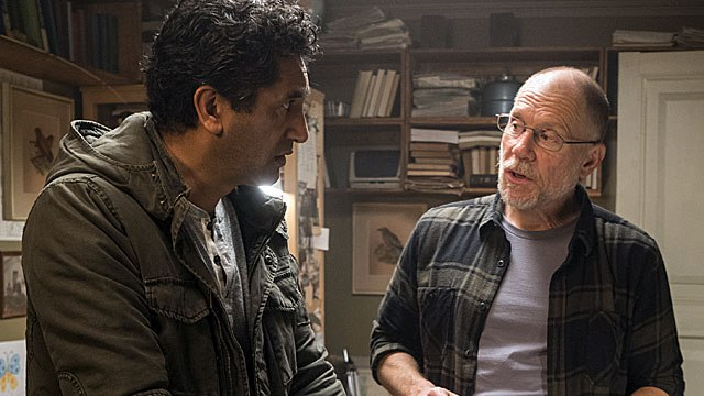 Fear the Walking Dead: Cliff Curtis e David Warshofsky in We All Fall Down