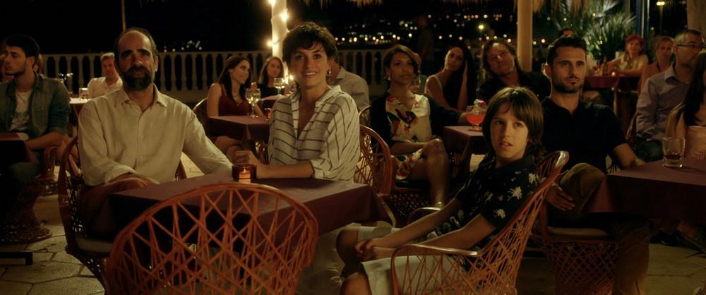 Ma Ma: Penelope Cruz e Luis Tosar in una scena del film