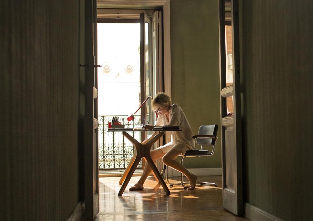 Julieta: Emma Suárez in una scena del film