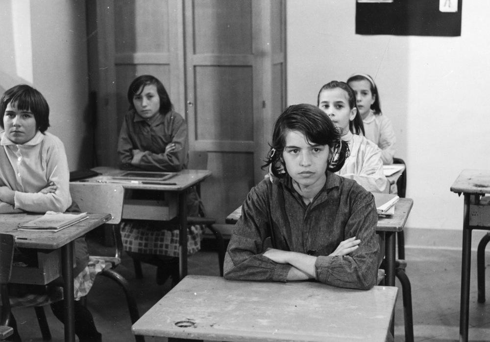 Mouchette - Tutta la vita in una notte: Nadine Nortier a scuola in una scena del film