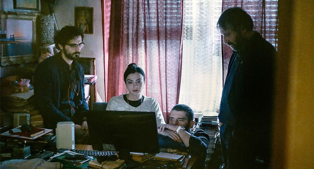 Sieranevada: una scena di gruppo del film