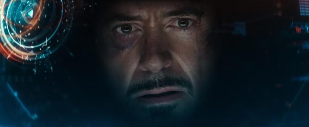 Captain America: Civil War - Robert Downey Jr. in un primo piano tratto dal film
