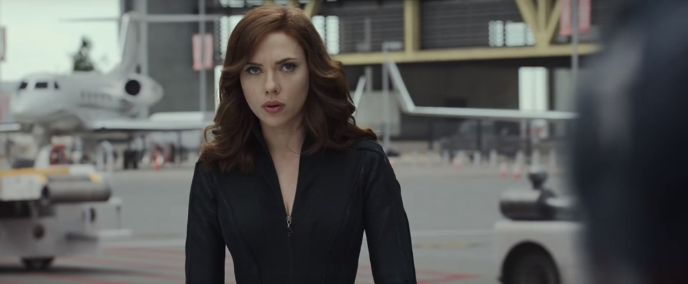 Captain America: Civil War - Scarlett Johansson in un momento del film