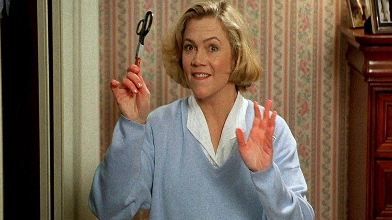 Kathleen Turner in La signora ammazzatutti