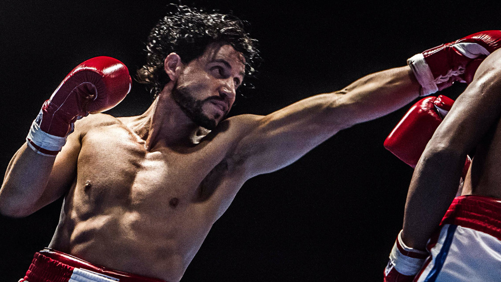 Hands of Stone: Edgar Ramirez in una scena di combattimento sul ring