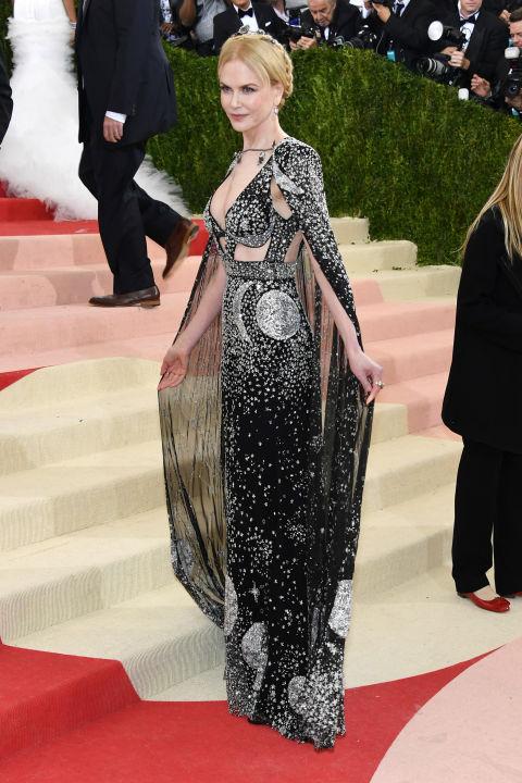 Nicole Kidman sul red carpet del MET 2016