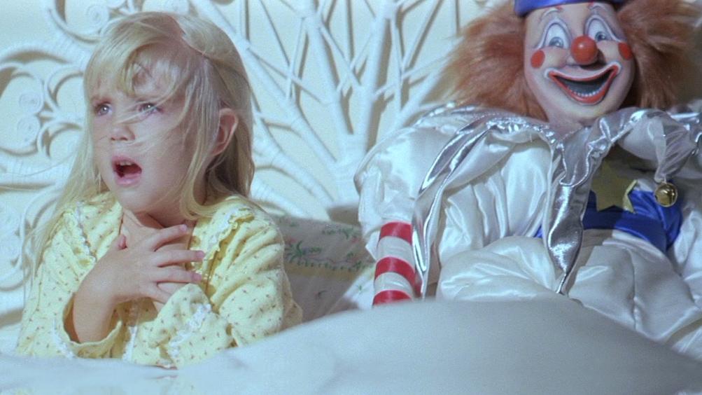 Poltergeist, Heather O'Rourke in una scena del film