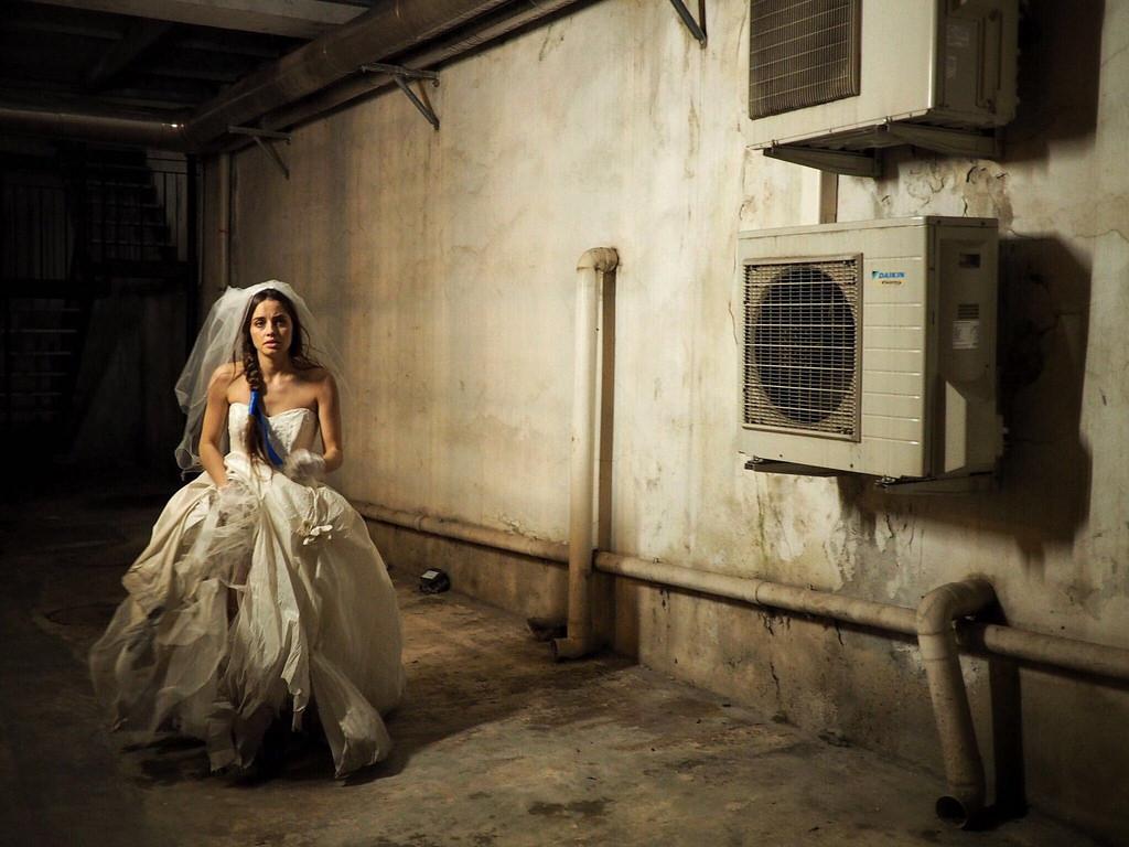 Claustrophonia: in scena la protagonista Matilde Gioli