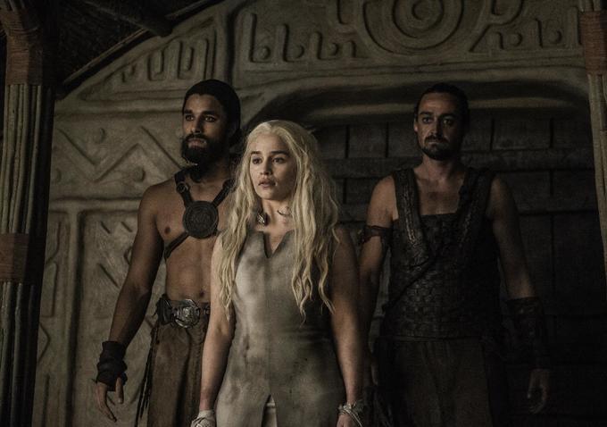Il trono di spade: l'attrice Emilia Clarke in una foto della puntata Oathbreaker