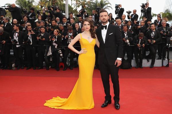 Festival di Cannes 2016: Anna Kendrick e Justin Timberlake posano sul red carpet