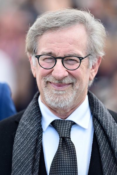 The BFG: il regista Steven Spielberg durante il photocall a Cannes 2016