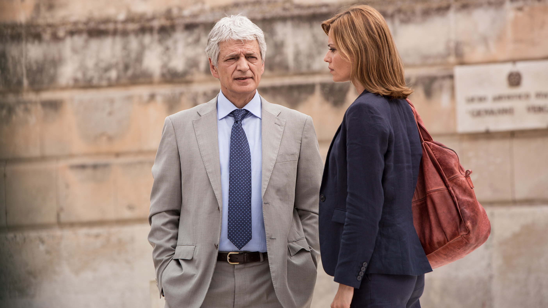 Romanzo siciliano: Fabrizio Bentivoglio e Claudia Pandolfi