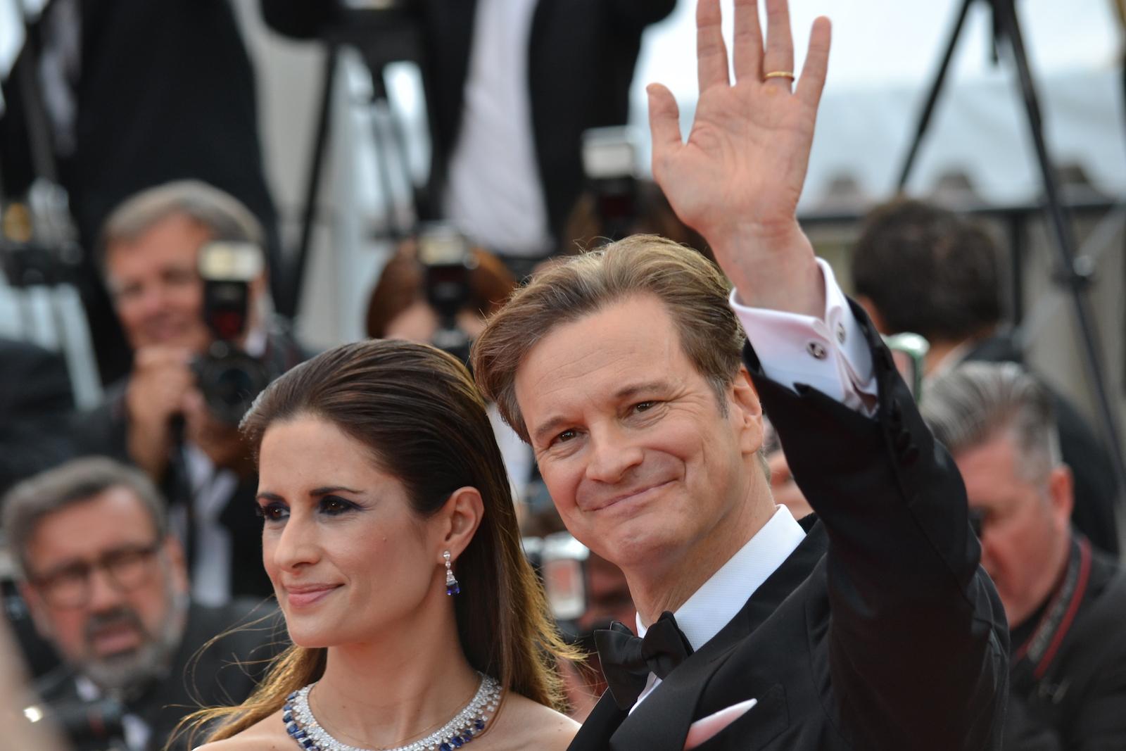Cannes 2016: Colin Firth saluta i fotografi sul red carpet di Loving
