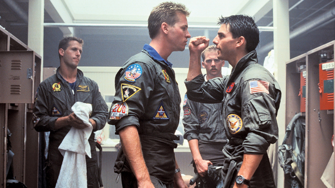 Tom Cruise con Val Kilmer in Top Gun