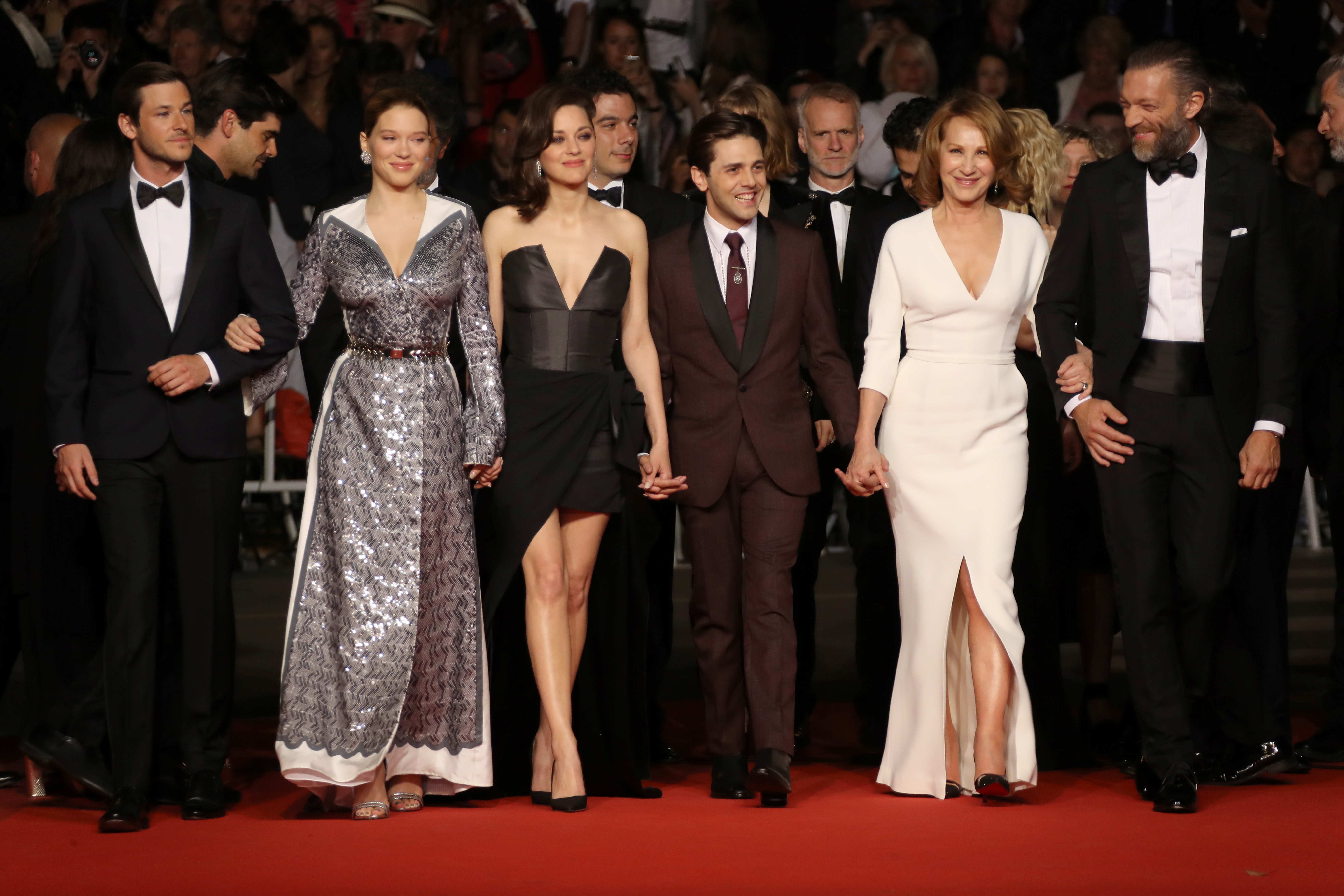 It's Only the End of the World: il cast al completo