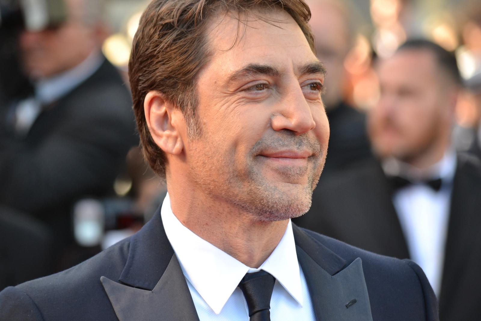 Cannes 2016: uno scatto di Javier Bardem sul red carpet di The last Face