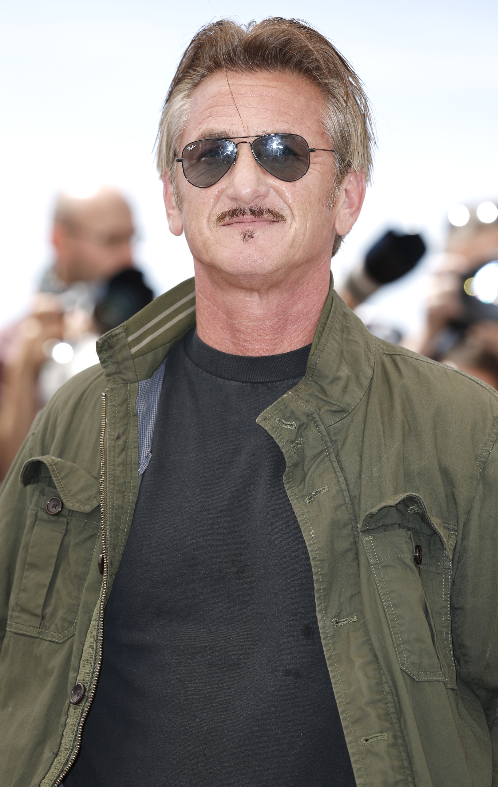 The Last Face: un primo piano di Sean Penn