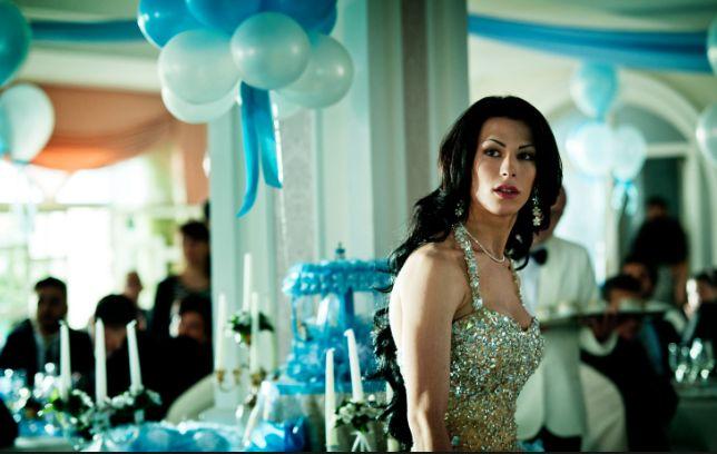 Gomorra 2 - Alessandra Langella è Nina, qui nella scena di una festa