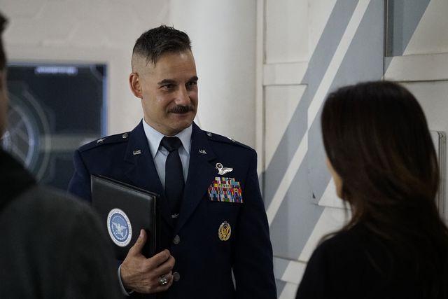 Agents of S.H.I.E.L.D.: Adrian Pasdar in una foto della serie