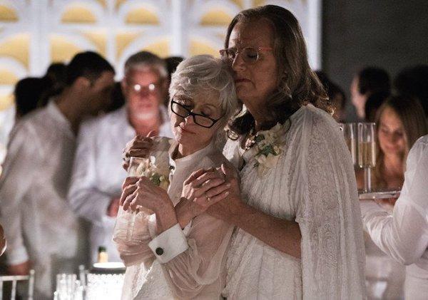 Transparent: Judith Light e Jeffrey Tambor in una foto della seconda stagione