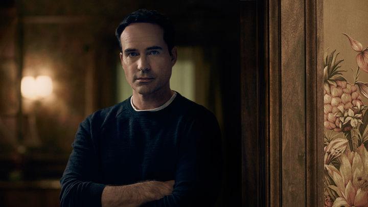 Wayward Pines 2: Jason Patric in una foto promozionale della seconda stagione
