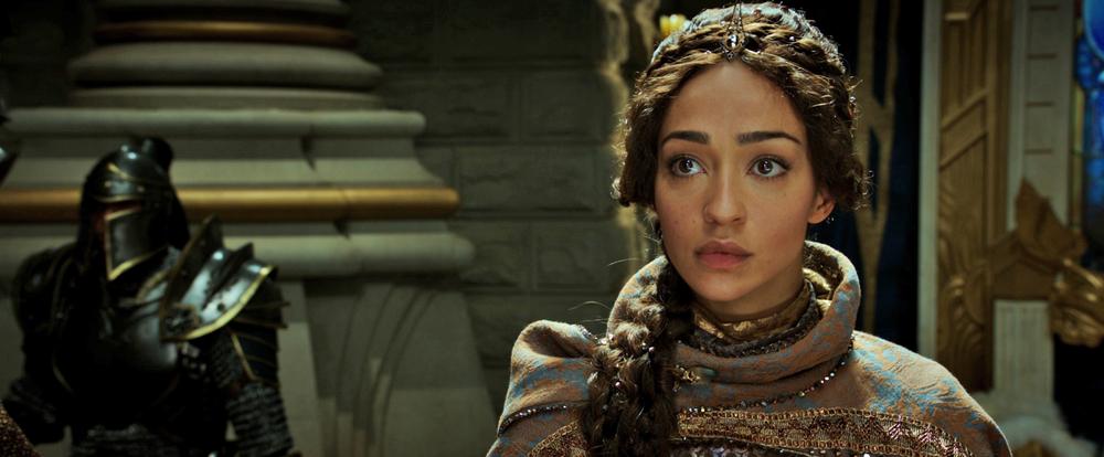 Warcraft - L'inizio: Ruth Negga in una scena del film