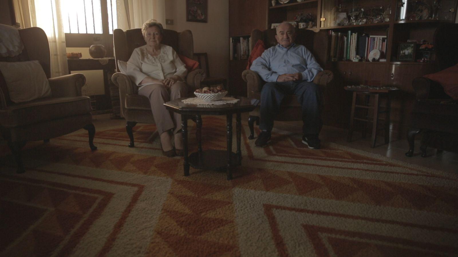 S Is for Stanley: Emilio D'Alessandro e Janette Woolmore in un'immagine promozionale