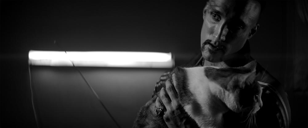 A Girl Walks Home Alone at Night: Dominic Rains in un'immagine del film