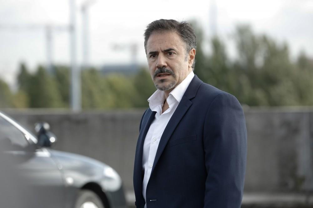 Bastille Day: José Garcia in una scena del film