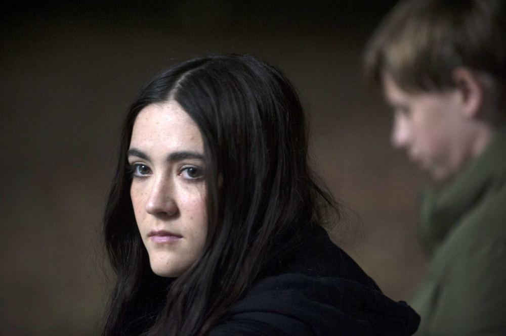 Cell: Isabelle Fuhrman in una scena del film