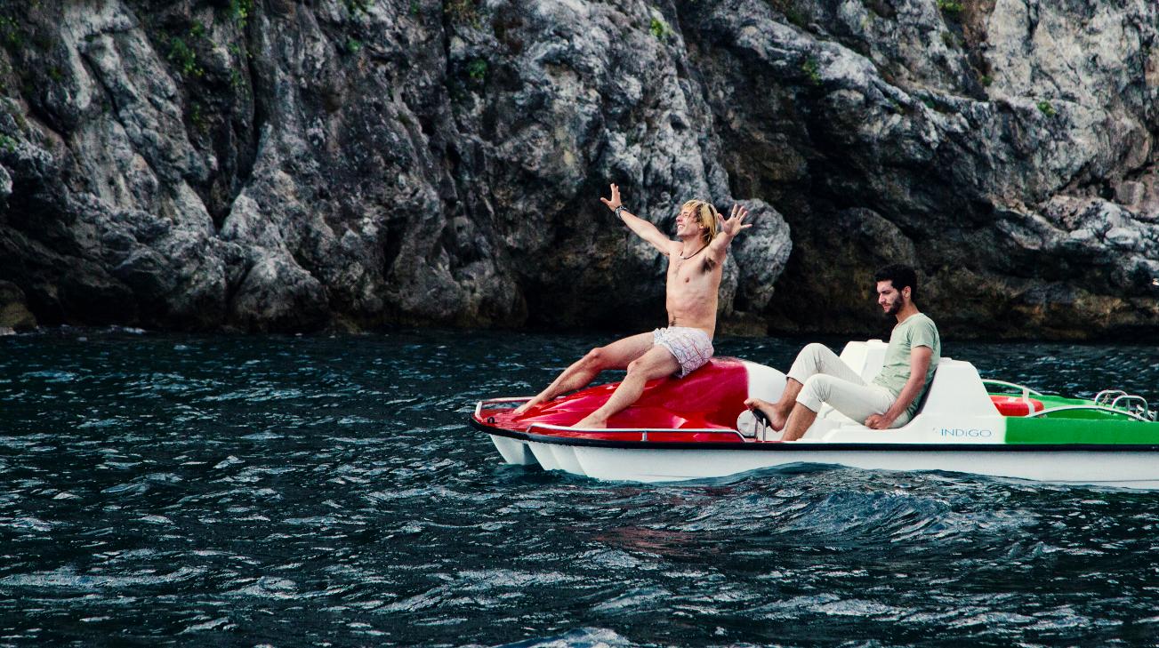 Il nostro ultimo: Fabrizio Colica e Guglielmo Poggi insieme in un momento del film