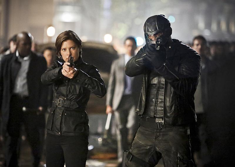 Arrow: Audrey Marie Anderson e David Ramsey nel season finale Scissione