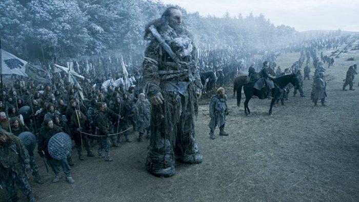Il Trono di Spade: i bruti in una foto dell'episodio Battle of the Bastards
