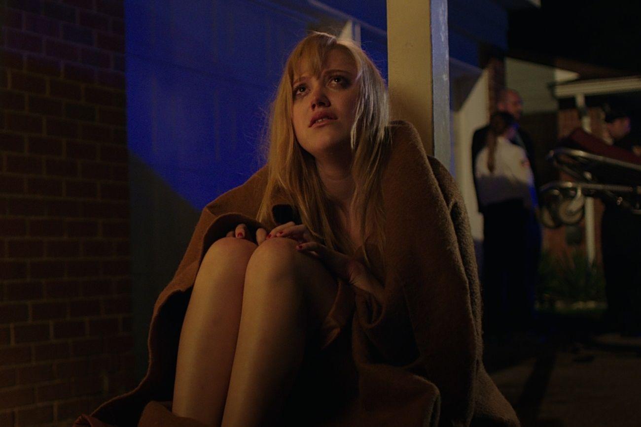 It Follows: la protagonista Maika Monroe in un'immagine del film