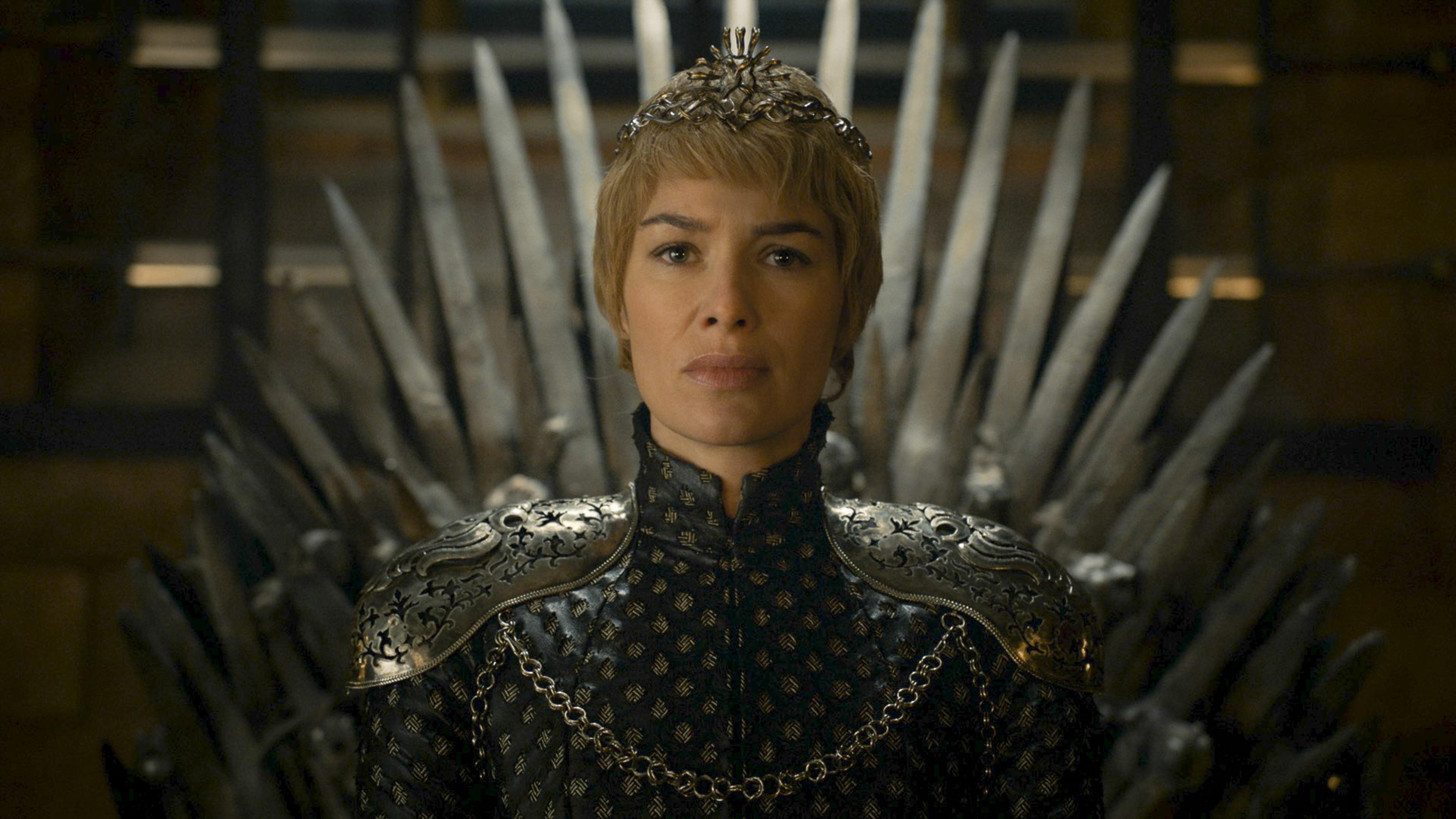 Il trono di spade: Lena Headey è Cersei incorononata in The Winds of Winter