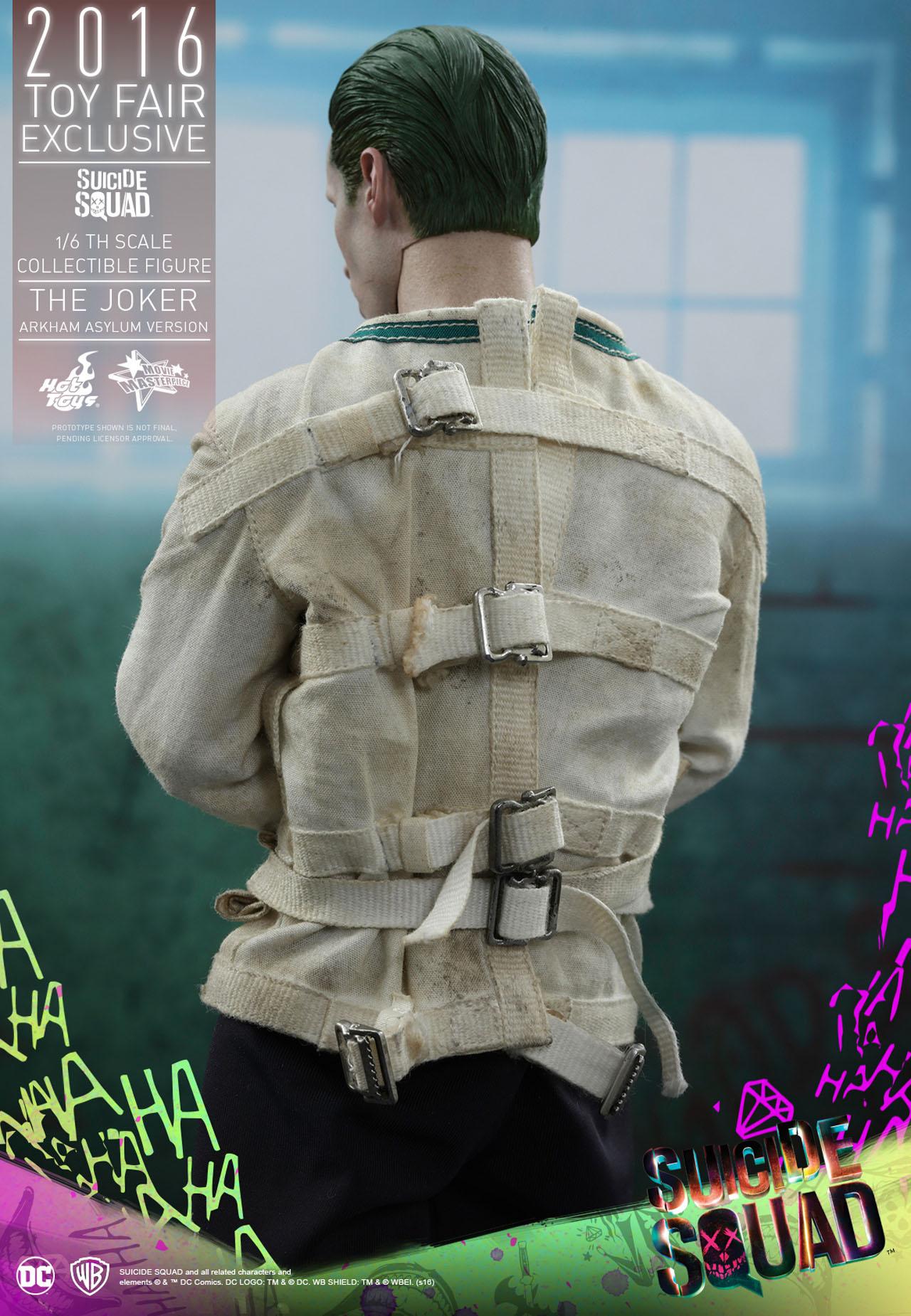 Suicide Squad: un'immagine dell'action figure Hot Toys dedicata al Joker
