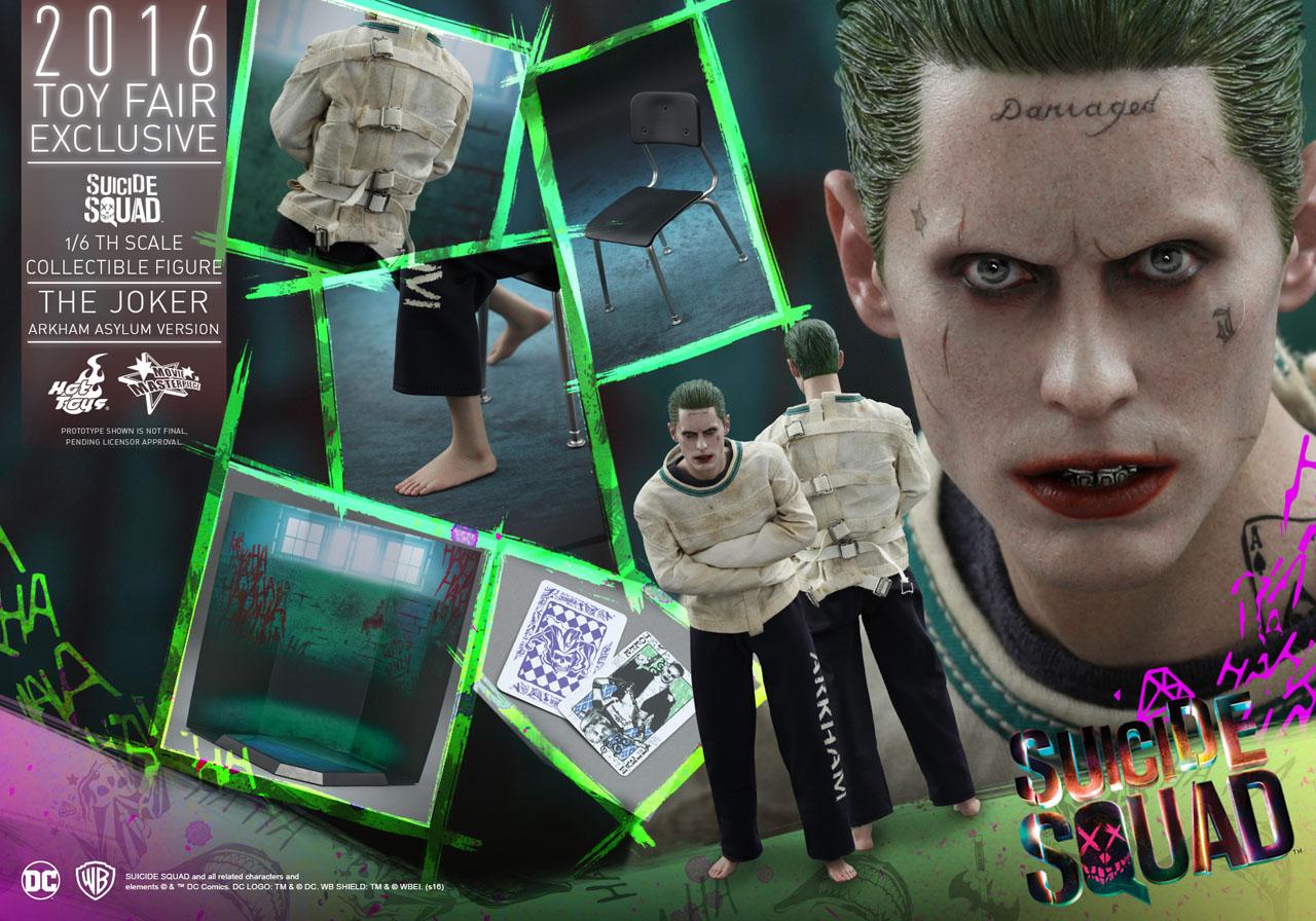 Suicide Squad: una foto promozionale dell'action figure Hot Toys dedicata al Joker