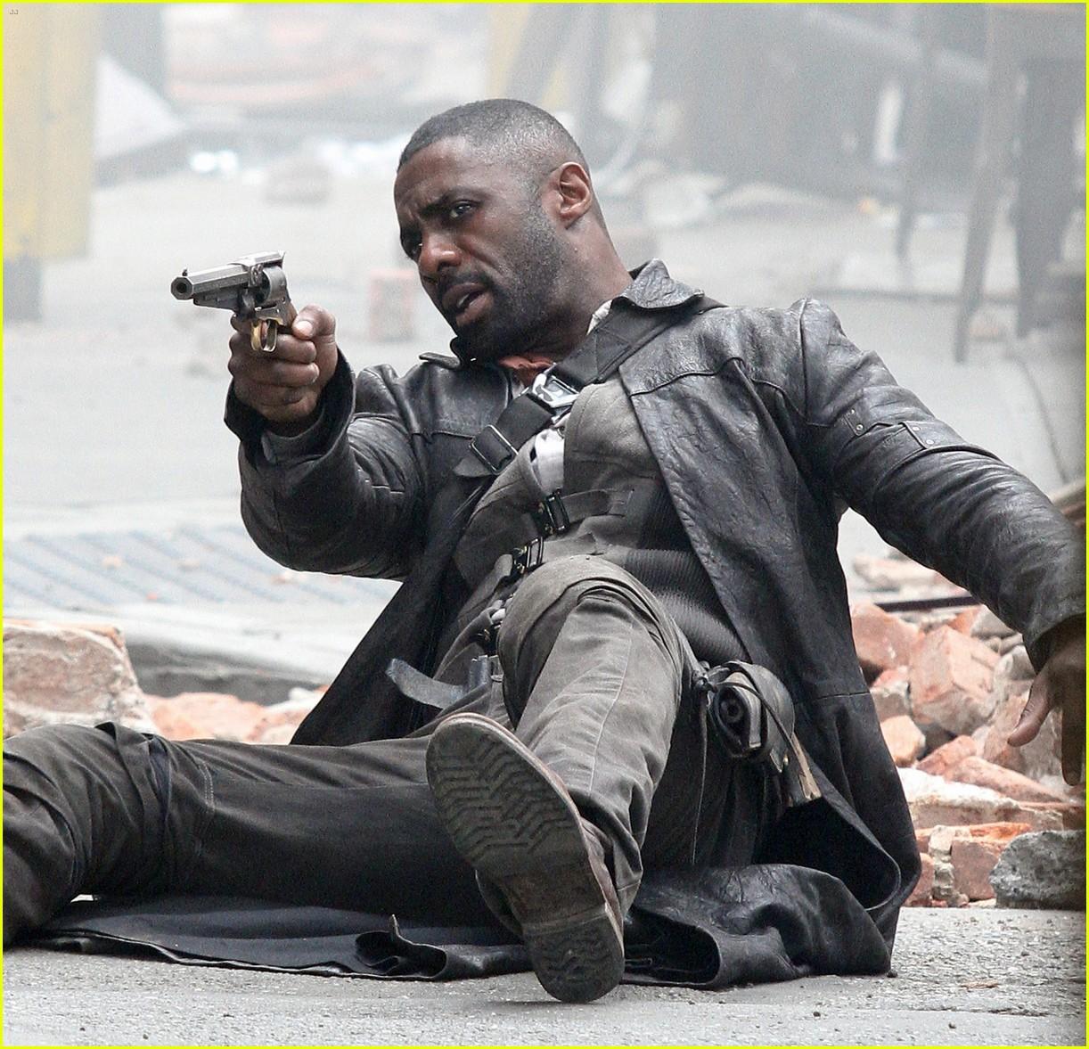 The Dark Tower: Idris Elba in azione sul set