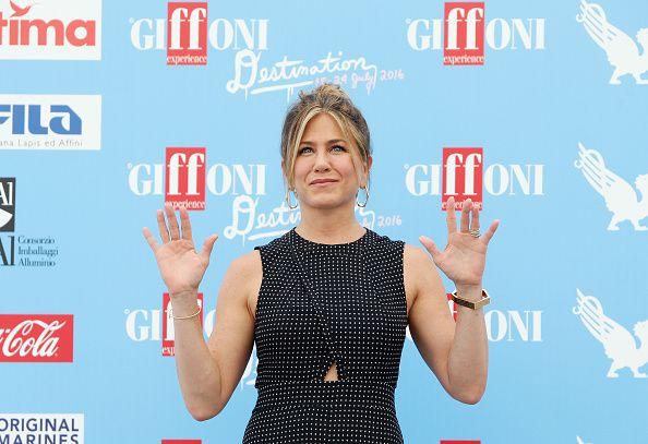 Jennifer Aniston al photocall di Giffoni